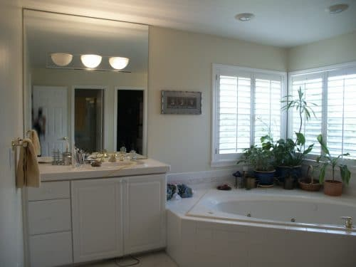 NW Portland Craftsman bathroom before