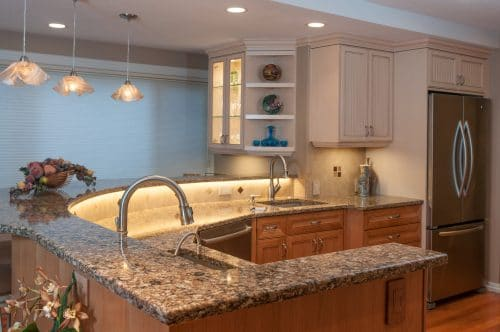 LED Strip Lighting under Cap lights backsplash and countertop