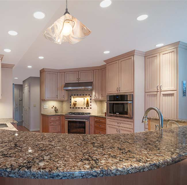 Custom Traditional Sparkling Kitchen