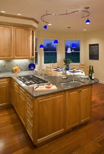 Tualatin remodeled kitchen peninsula